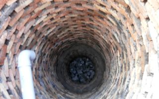 Процесс создания сливной ямы в частном доме своими руками