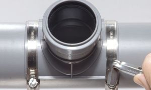 Как осуществить врезку в трубу канализации диаметров 110 мм