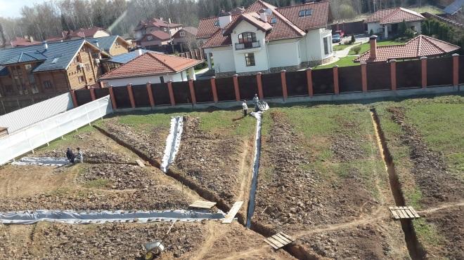 осушение участка с высоким уровнем грунтовых вод